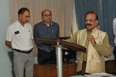 Dr R G sharma, Dr J C sharma  and Mr N K Wadhwa inviting Dr  Vikram Kumar for formally Inaugurating the NPL-FSF Web Site i.e.  www.nplfsf.in