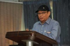 Mr. Vishwa Deepak Arora  cracking a hilarious joke with the audience